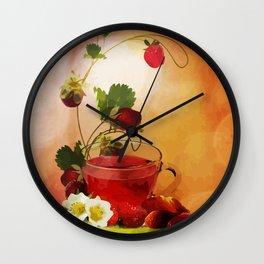 Erdbeertee Wall Clock