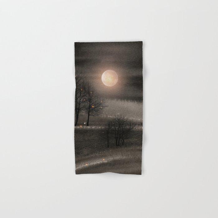 Calling The Moon III Hand & Bath Towel