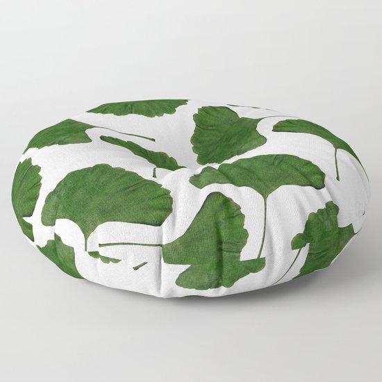 Ginkgo Leaf II by paperpixelprints