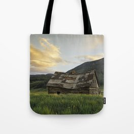 Sunset Over An Abandoned Cabin Tote Bag