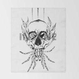 spider skull Throw Blanket