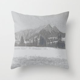 Winterly Landscape I Throw Pillow