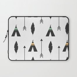 cute feathers, arrows and teepee ethnic tribal seamless pattern illustration Laptop Sleeve