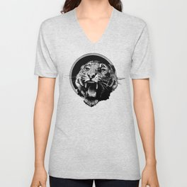 Vintage Tiger in black Unisex V-Neck