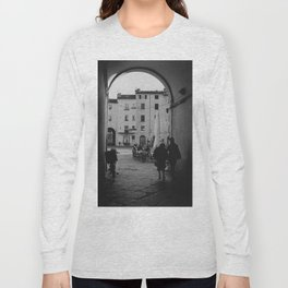 Italian old women walking through a gate  Lucca, Italy   Analog photography black and white art print Long Sleeve T-shirt