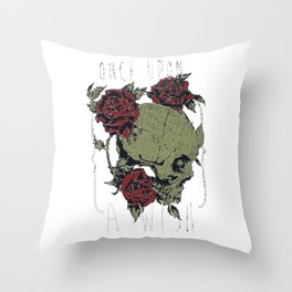Skull and Roses - Once upon a wish Throw Pillow