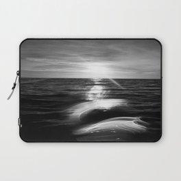 B&W Surfer's Sunset Laptop Sleeve