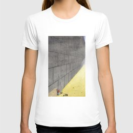 Dream induced by enforced repetition. T-shirt