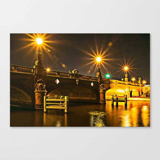 Night on the Moltke-Bridge in Berlin Canvas Print