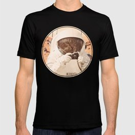 Astronaut Cat on Mars T-shirt