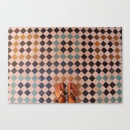 Suelo y pies marrakech Canvas Print