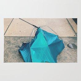 dead umbrella Rug