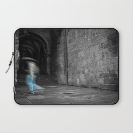 Street photography of a man in the rain in a building of the middle evo Laptop Sleeve