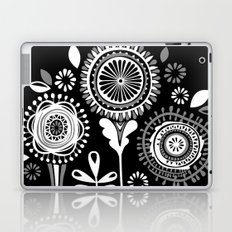 Folksy Flowerheads reverse Laptop & iPad Skin