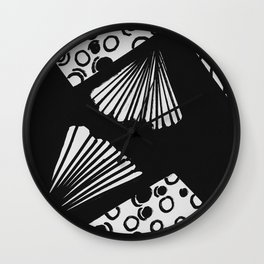 wavy circle pattern design Wall Clock