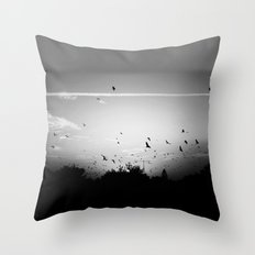 Migrating birds #02 Throw Pillow