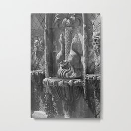 Terracotta Fountain in Black and White Metal Print