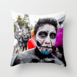 Blue eye Catrina Throw Pillow