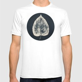 HERBARIUM. FORGOTTEN LEAVES. #12 T-shirt