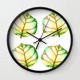 Uva playera Wall Clock