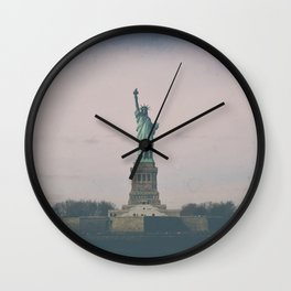 Statue of Liberty w Wall Clock