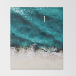 Sea 8 Throw Blanket
