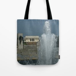 Memorial Fountain  And Lincoln Memorial Tote Bag