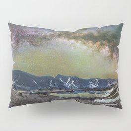 Milky way over loveland pass Pillow Sham