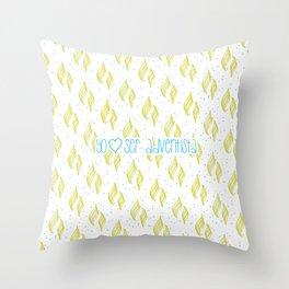 Yo amo ser Adventista Throw Pillow