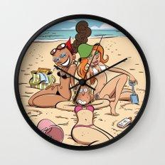 À la plage  Wall Clock