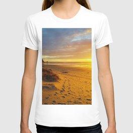 Cannon Beach Oregon at Sunset Haystack Rock T-shirt