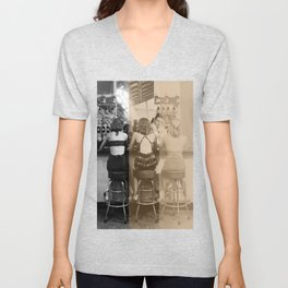 StANd anD dIzZY 2 Unisex V-Neck