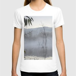 """Dream trees"". Foggy sunrise at the lagoon T-shirt"