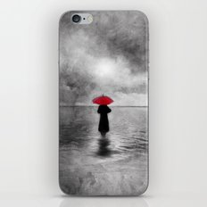 waiting in the sea II  -  by Viviana Gonzalez iPhone & iPod Skin