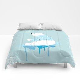 Polar bear with snowflakes Comforters