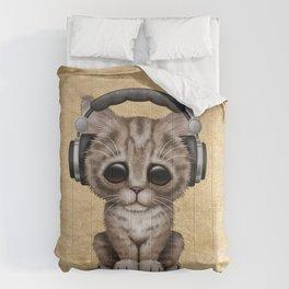 Cute Kitten Dj Wearing Headphones Comforters