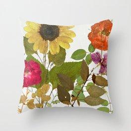 Fleuriste I Throw Pillow