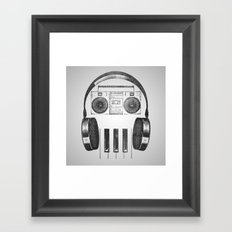 Old-Skull Framed Art Print