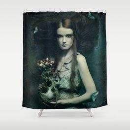 Inerte Shower Curtain