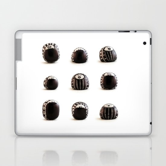 stoneheads 003 Laptop & iPad Skin