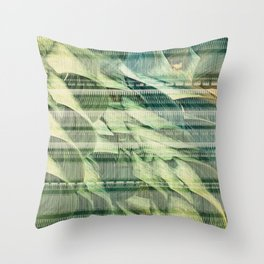 Na Fir Ghorma Throw Pillow