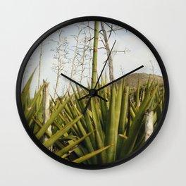 Mi tierra Wall Clock