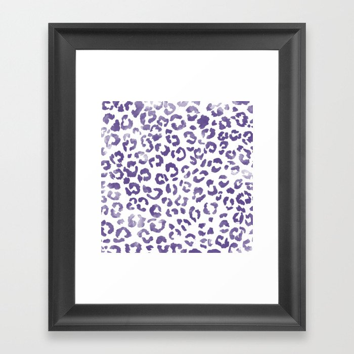 Modern hand painted leopard purple ultra violet watercolor pattern Gerahmter Kunstdruck