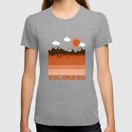 Colorado - 70s retro throwback travel state usa minimal design 1970's T-shirt