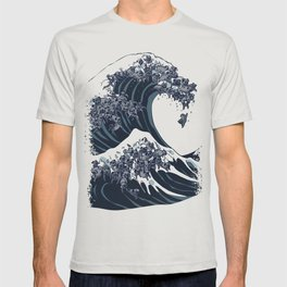 The Great Wave of Black Pug T-shirt