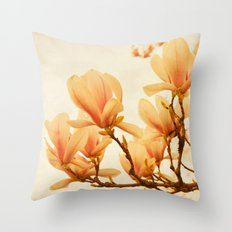 magnolia morning Throw Pillow