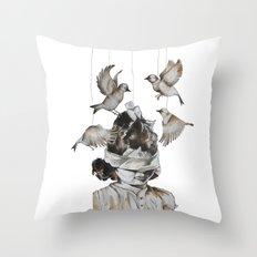 Enfance perdue Throw Pillow