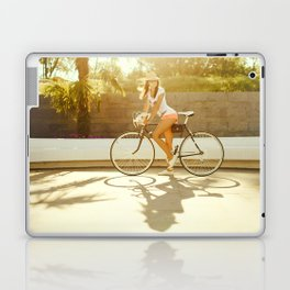 Velo girl Laptop & iPad Skin