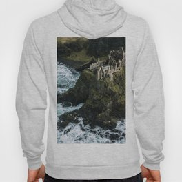 Castle ruin by the irish sea - Landscape Photography Hoody