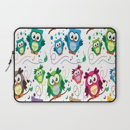CUTE PLAYFUL OWL Laptop Sleeve
